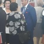 Директор Центра Г. Алиева А. Алекперов с гостями выставки